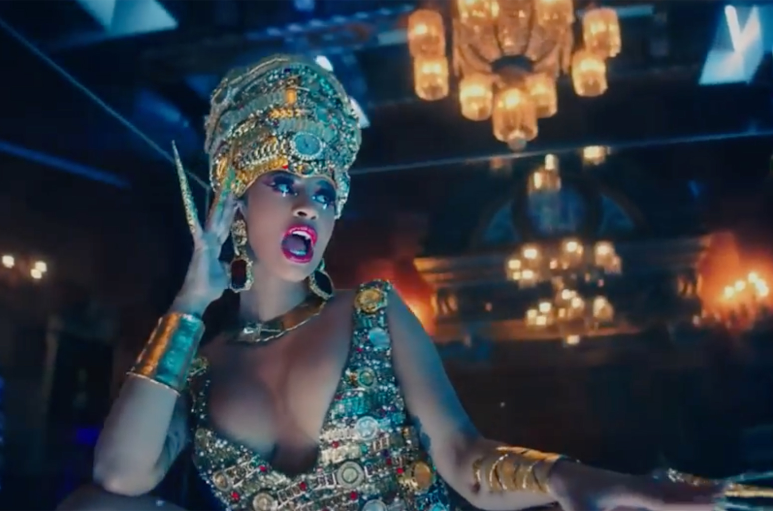 Cardi B Money: Cardi B Unleashes 'Money' Music Video: Watch