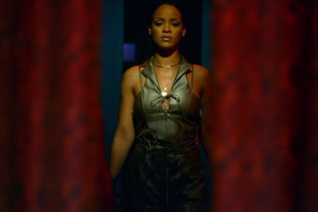 New Rihanna Video NSFW