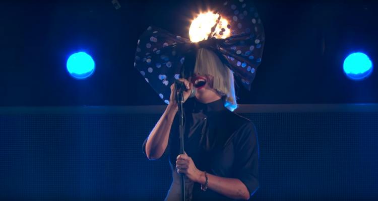 "Sia Performs ""Bird Set Free"" On 'Jimmy Kimmel Live': Watch"