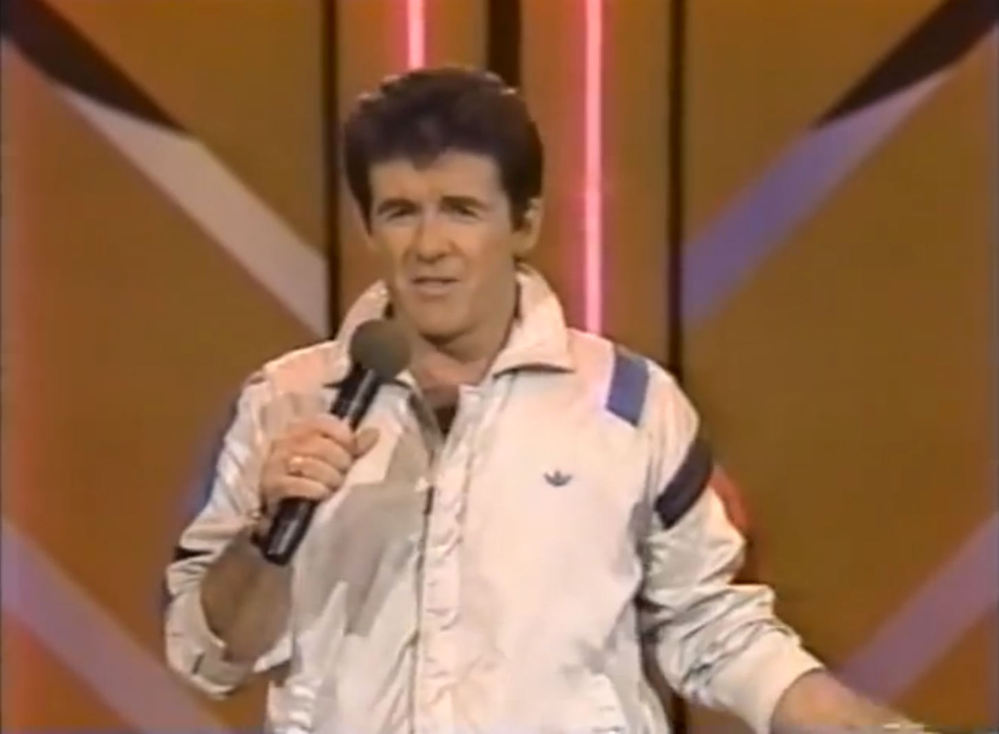 Flashbach friday video alan thicke sweaty and hot pro motion flashbach friday video alan thicke sweaty and hot pro motion music news nvjuhfo Image collections