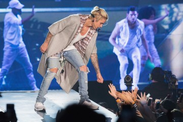 Justin Bieber Brings Out Big Sean & Chance The Rapper In L.A.