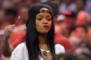 Rihanna's 'ANTI' Tour is Now Postponed