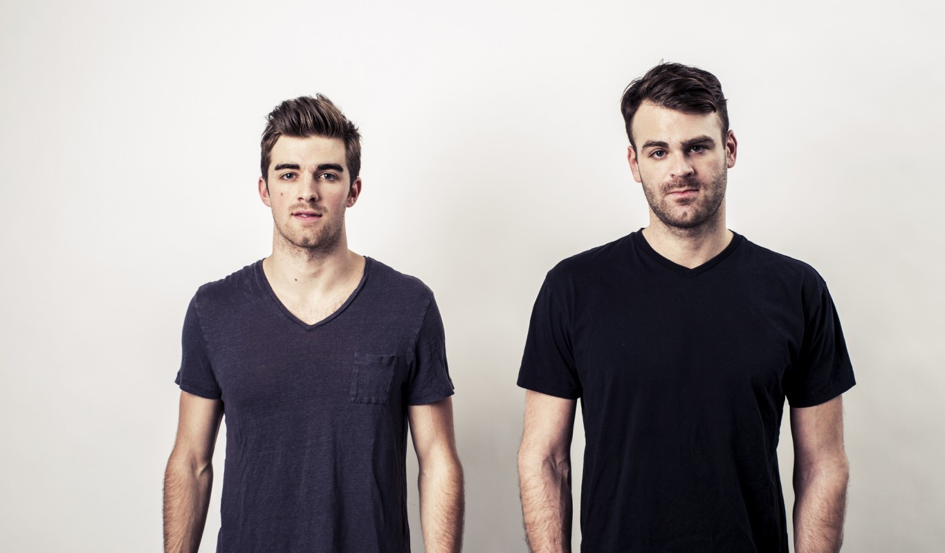 The Chainsmokers ft. Daya - Don't Let Me Down Remix